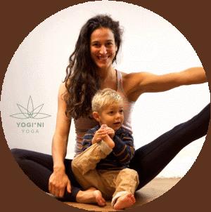 Mama en Kinder Yoga